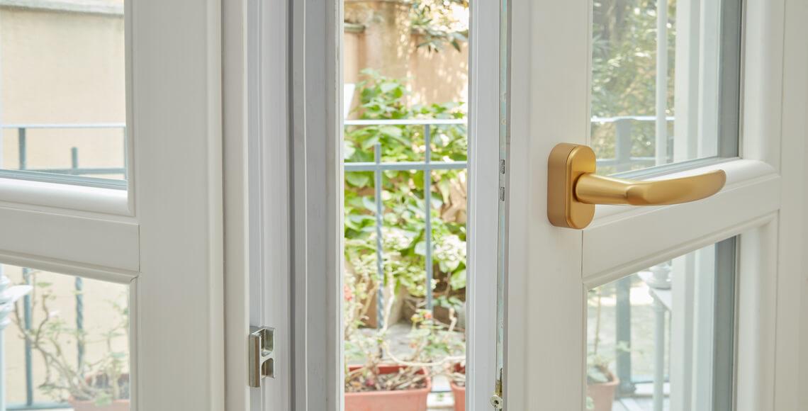 maniglie finestre o balcone dorate finish opaco