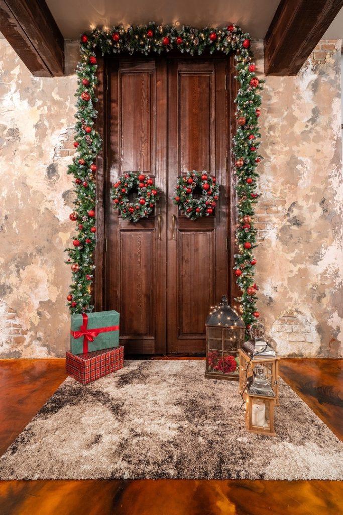 decorazioni porte d'ingresso