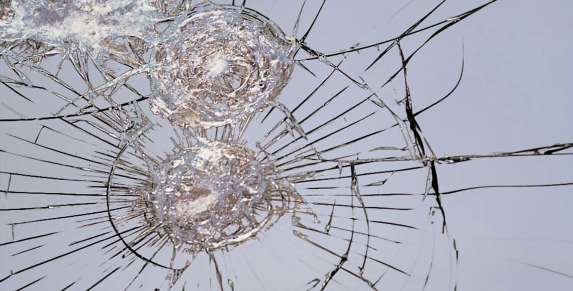 lesioni su vetri non antitisfondamento