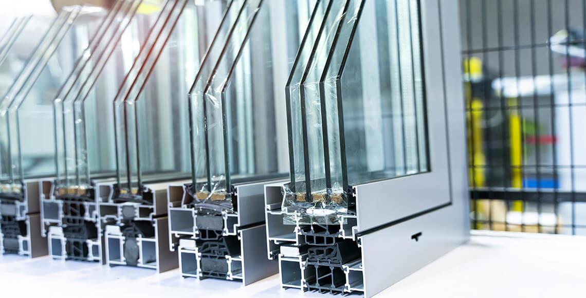 finestre con canalina ad alta capacità termica lineare
