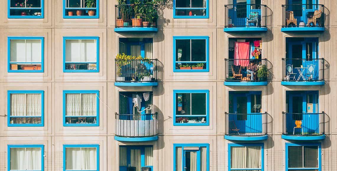 decoro architettonico e sostituzione infissi in condominio
